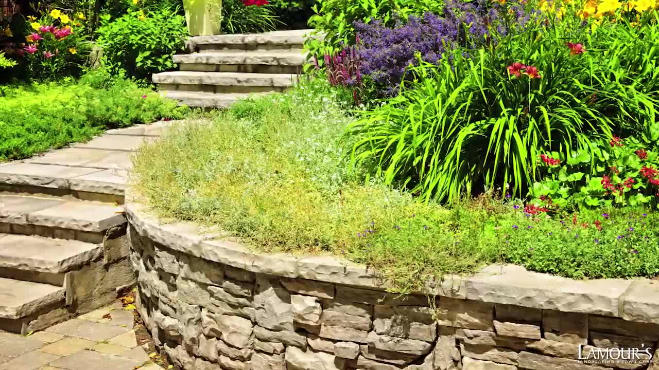 Lamour's Landscaping & Lawn Care - Interlocking Stone - 613-561-3498
