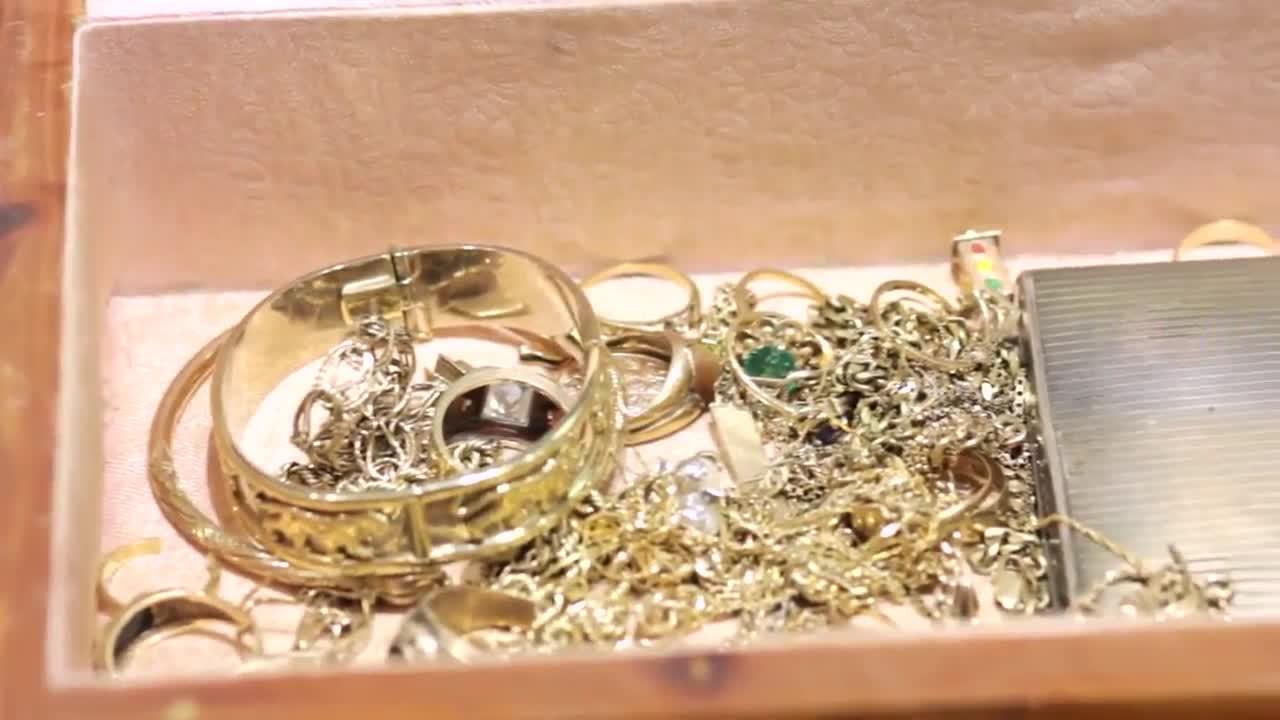 Premier Jewellery & Loans - Pawnbrokers - 250-717-0234