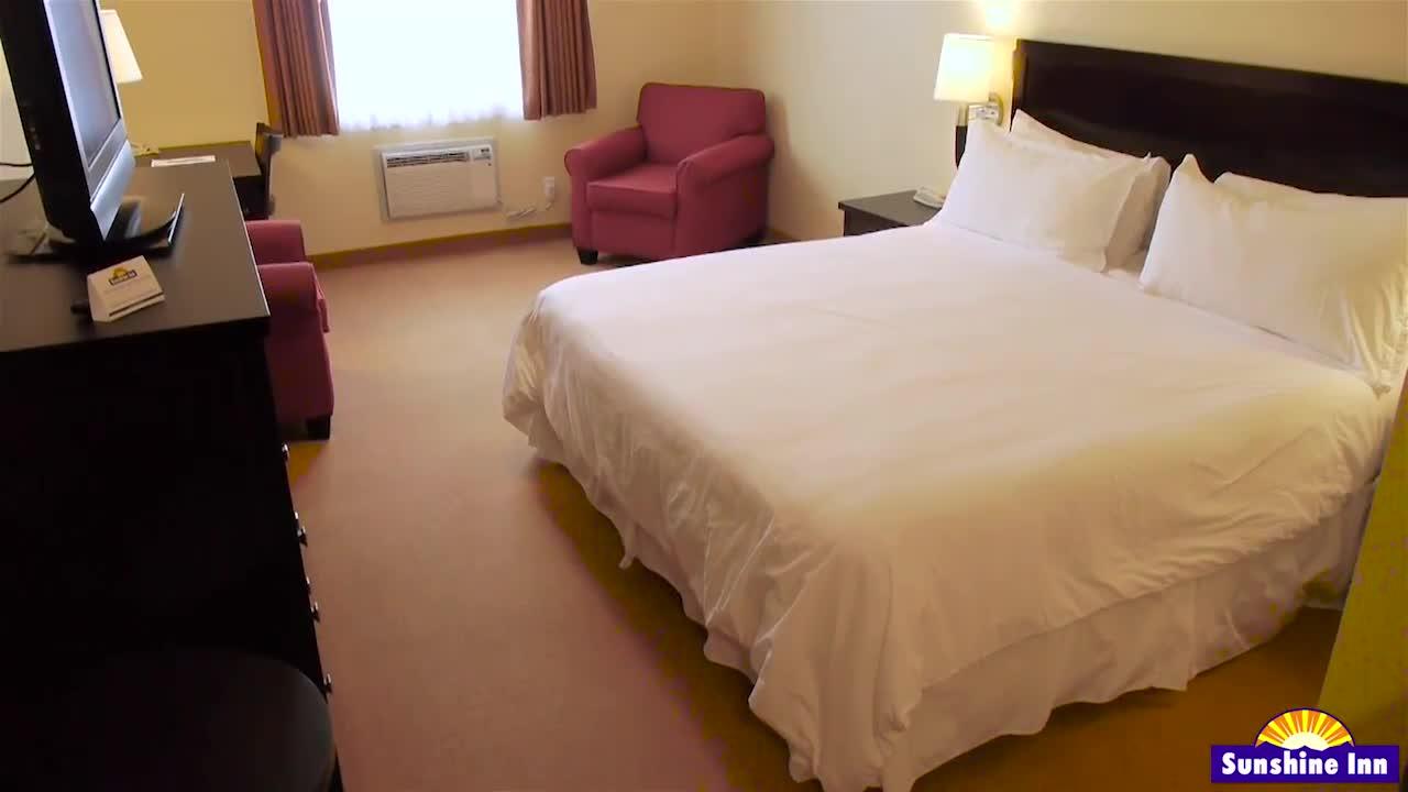 Sunshine Inn Estates - Hotels - 250-847-6668