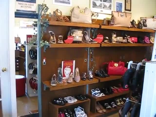 Serge Bilodeau Chaussures - Shoe Stores - 418-522-4620
