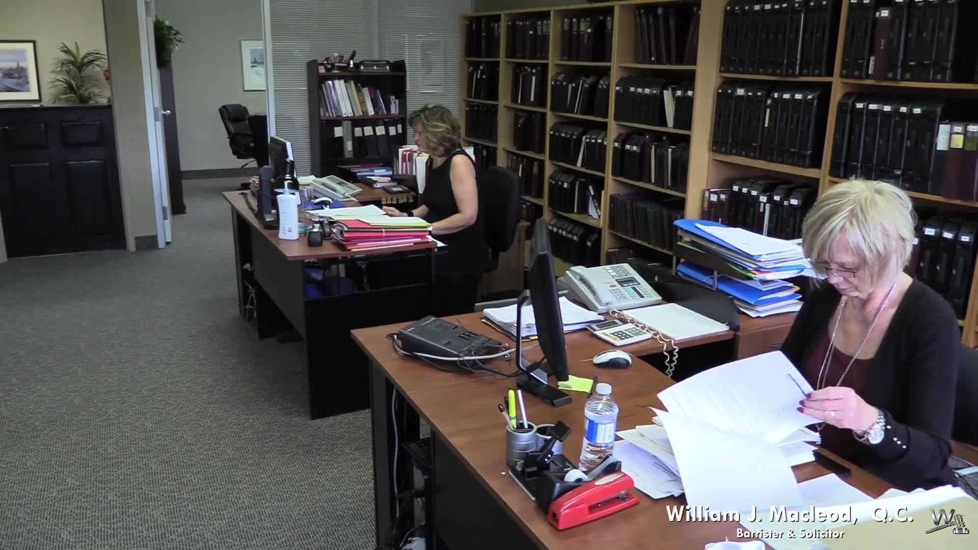MacLeod William J QC - Lawyers - 905-842-6402