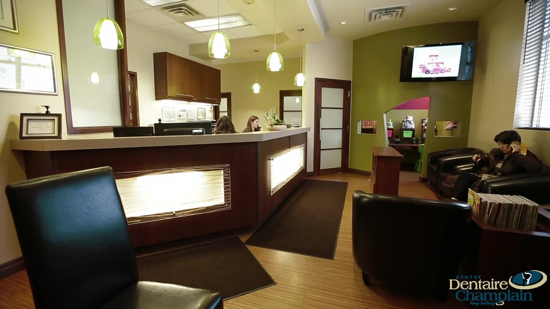 Centre Dentaire Champlain - Dentists - 8196821682