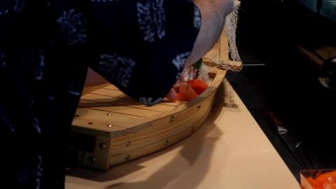 Azuma Sushi - Video 1