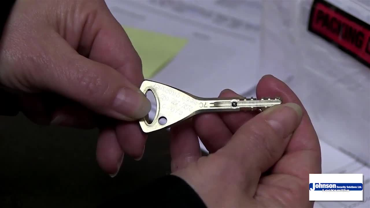 video Johnson's Lock & Key
