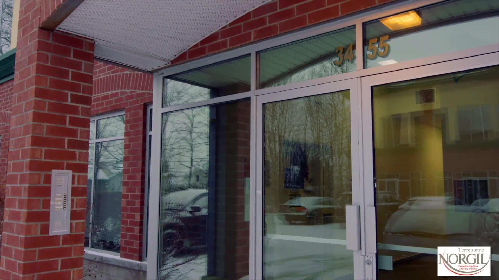 Centre D'Expertise Capillaire Norgil Terrebonne - Produits et traitements du cuir chevelu - 4508243007