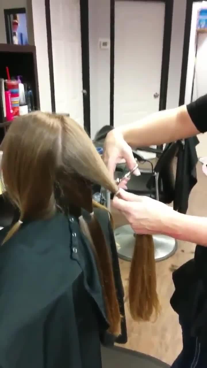 Chrome Coiffure - Salons de coiffure et de beauté - 819-205-1210