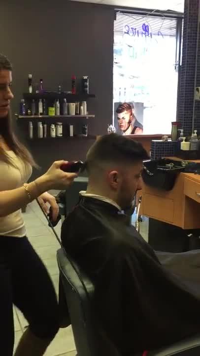 Coiffure homme quartier - Salon de coiffure puteaux ...