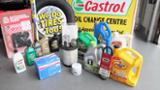 Castrol Express Oil Change & Car Cleaning Centre - Tire Retailers - 705-745-5823