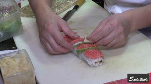video Sachi Sushi Japanese & Korean Restaurant