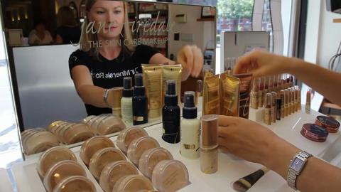 video Ici Paris Skin Care Clinic & Spa